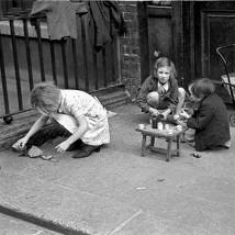 Frank Browne: Through the Lens |  Farmleigh Gallery  Farmleigh, Castleknock Dublin 15 | Thursday 23 October to Tuesday 23 December 2014 | to